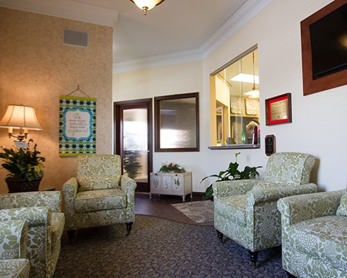 The waiting room at Thompson Family Dental at Nora